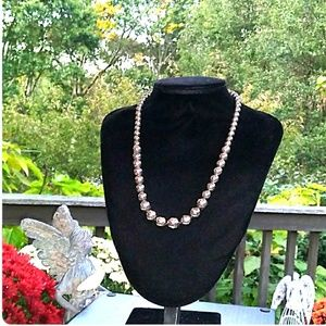 VINTAGE Graduated Silver Tone Ball Bead Necklace